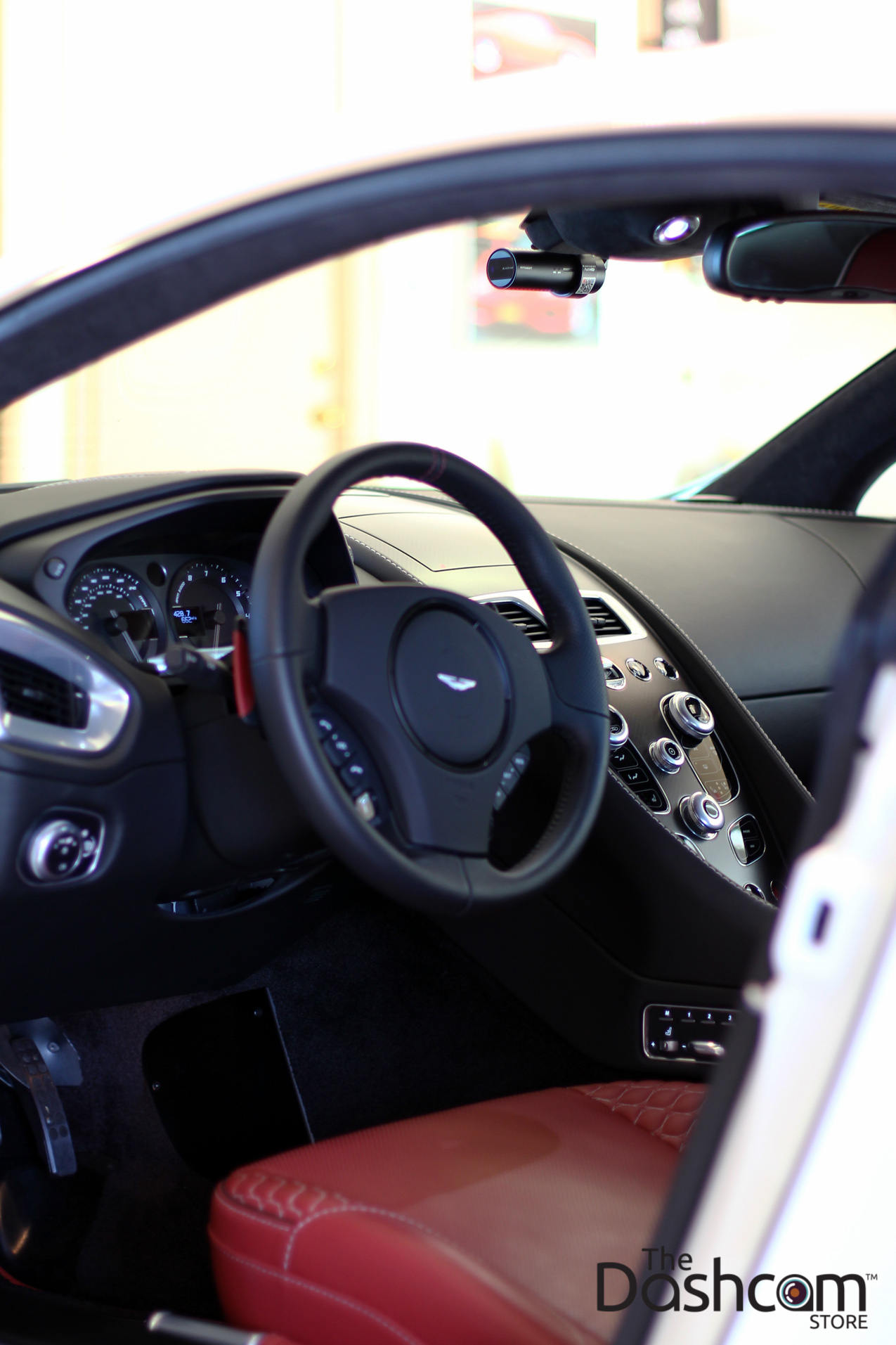 Blackvue Dr650gw 2ch Dashcam In An Aston Martin Vanquish