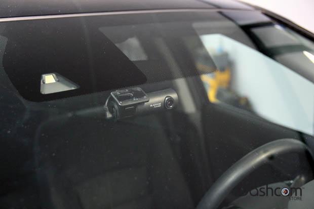 BlackVue DR450-1CH dash cam installed in Honda Accord EX