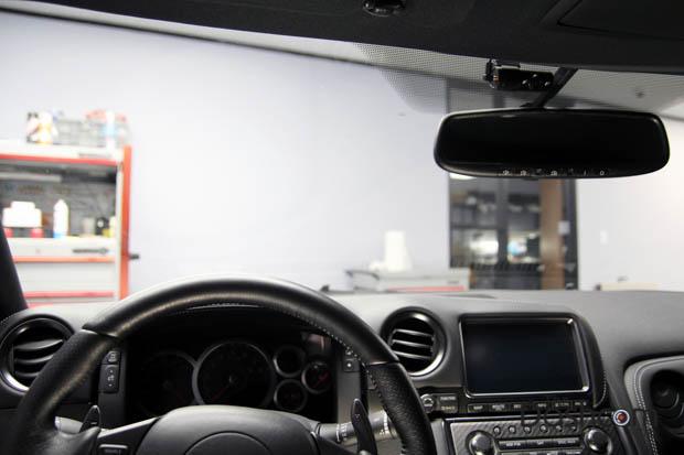 BlackVue DR650S-2CH-IR dashcam installed in Nissan GTR