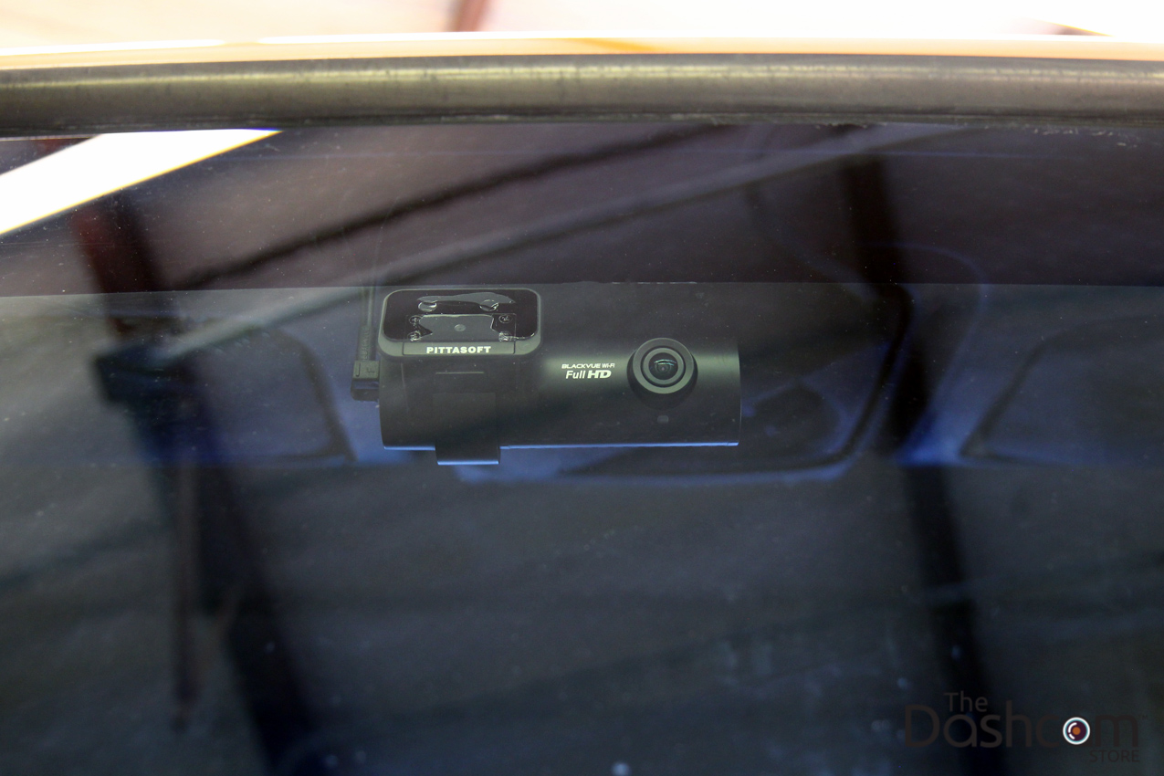 BlackVue R-100 Rearview backup camera kit