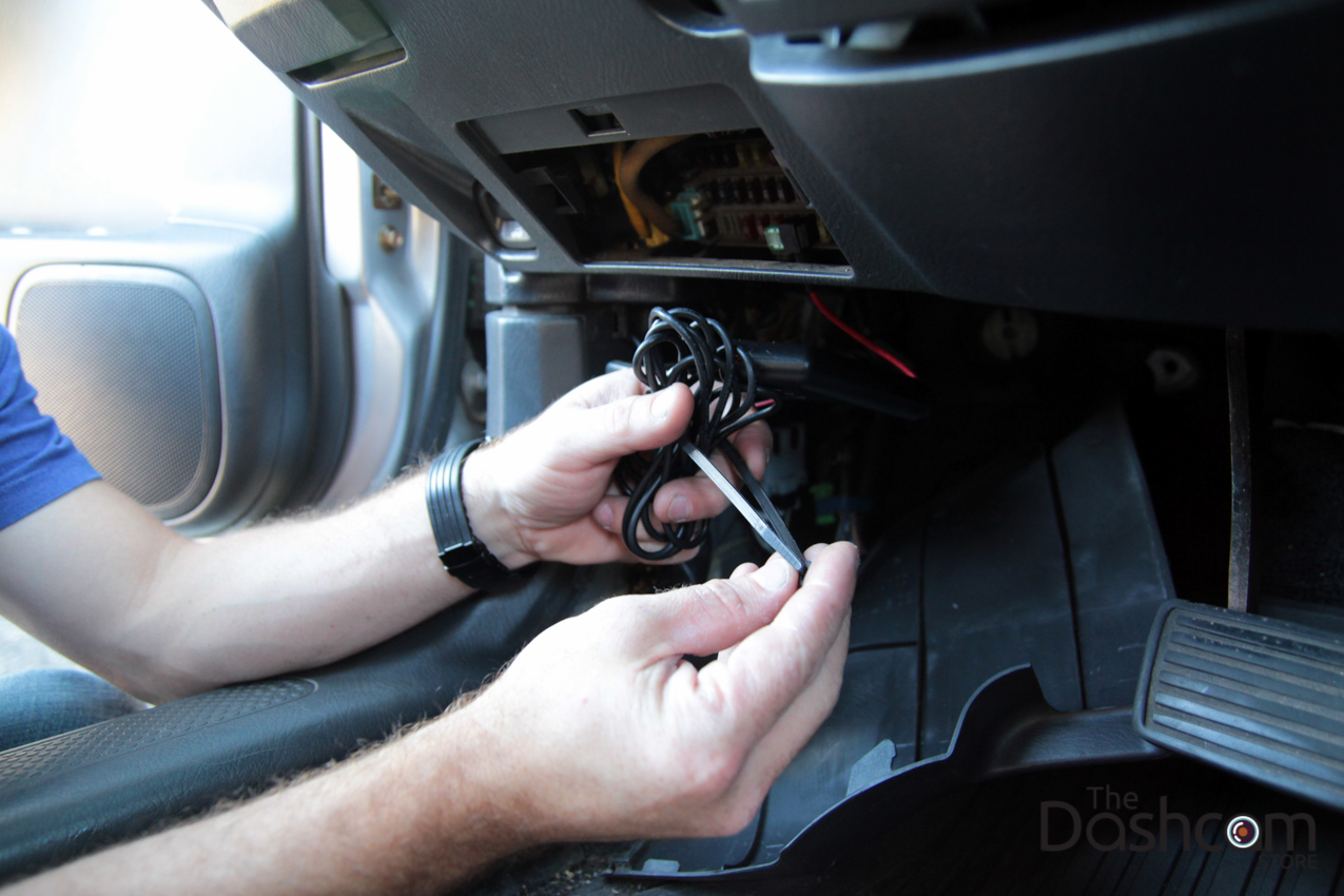 Dashcam installation how to secure wires ...